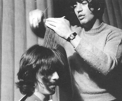 Beatles Tours London by the Beatles Hairdresser Do You Want To Know A Secret? Tour (Chelsea)