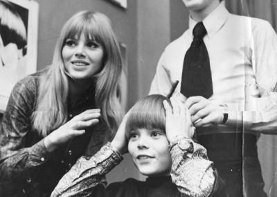 Leslie Cavendish with Britt and Carl Ekland at Vidal Sassoon's Salon in Bond Street London