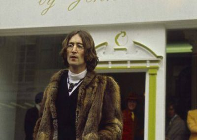 John Lennon outside Apple shop on the Kings Road London